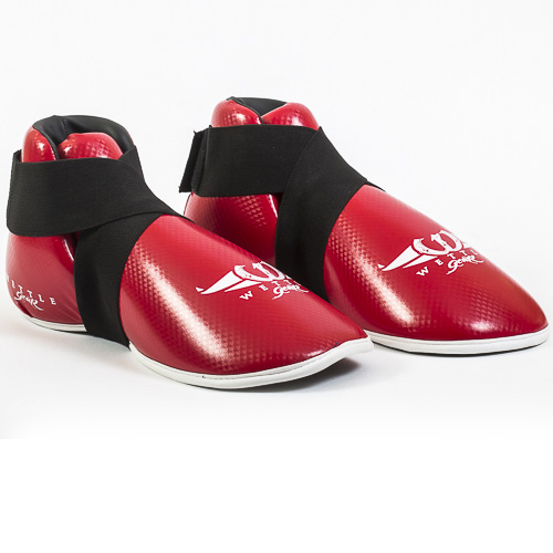 "PROTÈGE-PIEDS DE FULL CONTACT - ROUGE EN PU ""CARBON"" - WETTLE GEAR-0"